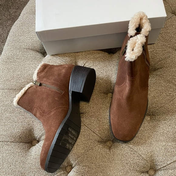 Kenneth Cole Reaction Faux Fur Suede Booties